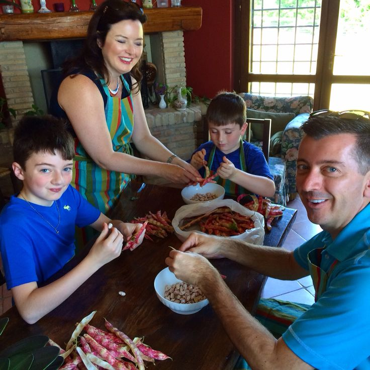 Borlotti beans in a red onion balsamic vinaigrette with just a hint of fresh basil is a delicious side or main course dish. Half the fun of it is shelling the colorful beans as you can see on the faces of these Flavor of Italy cooking class students!