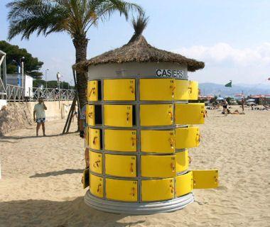 consigne de plage | Grâce aux casiers sécurisés, on peut laisser ses affaires le temps ...