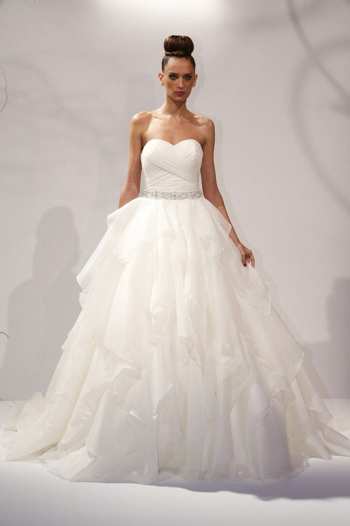 Amazing Dennis Basso for Kleinfeld Bridal Spring Summer Collection Fashion Trends