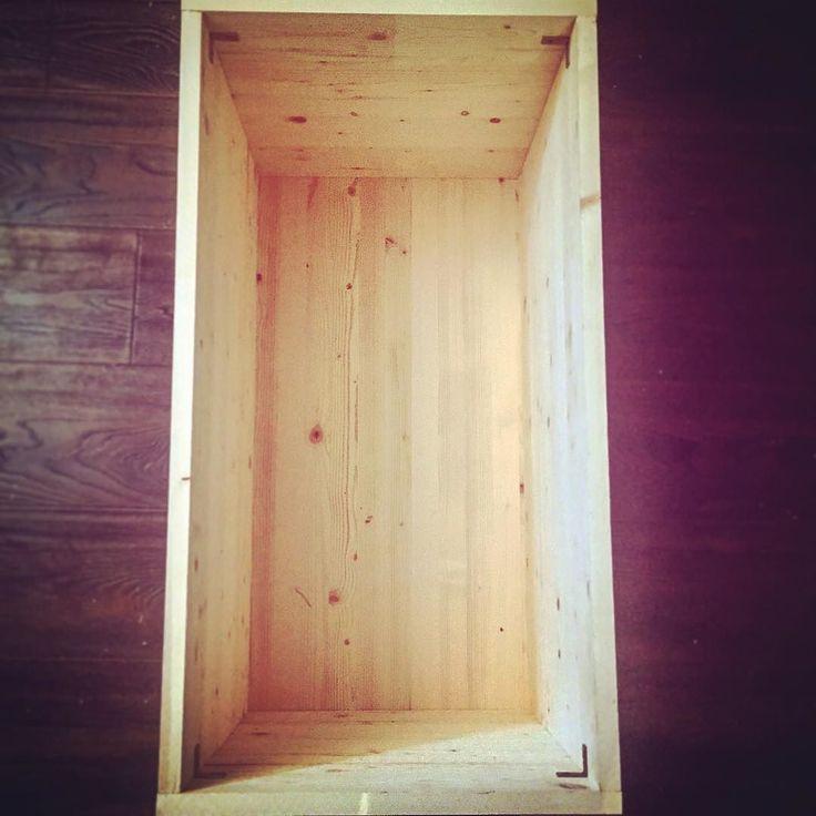 I built a box yesterday.  #wood #box #insertyourownjokeshere #hunterandthistledecor -K