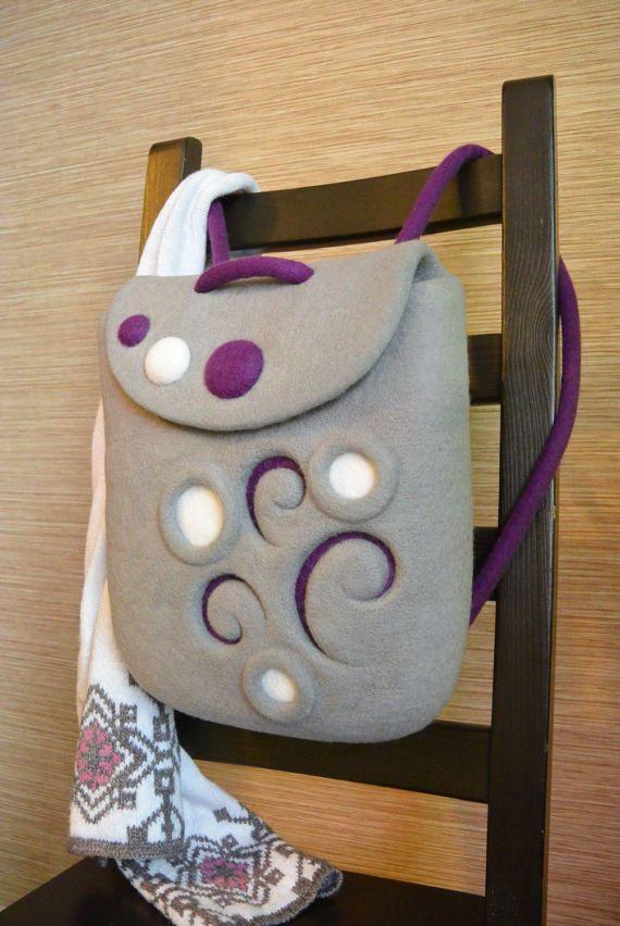 Войлочный рюкзак из нежной шерсти мериноса с зимним узором. Эффектное сочетание серого и фиолетового. / Felted rucksack, felt backpack. Felt in fashion by #olafelt