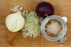 Dieses natürliche und wirksame Mittel gegen Husten ist schnell und preiswert zubereitet. Die Zutaten hast du wahrscheinlich schon alle in der Küche!