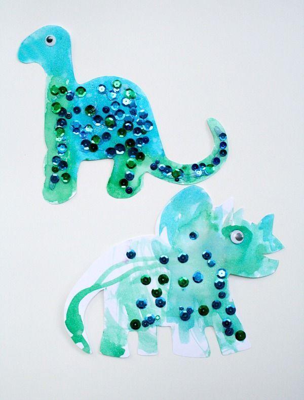 Easy Toddler Dinosaur Craft #toddler #preschool #dinosaurs