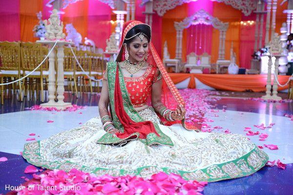 View photo on Maharani Weddings http://www.maharaniweddings.com/gallery/photo/82548
