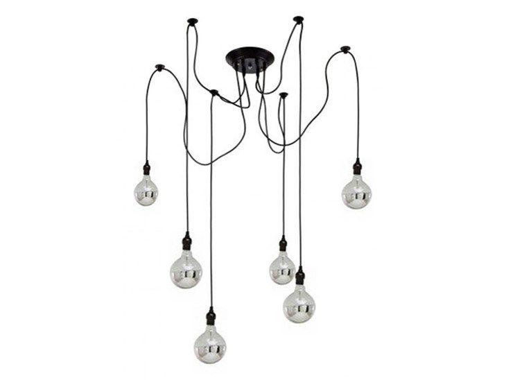 Lampa XEROBYSS to efektowna kompozycja 6, 8 lub 10 metalowych ramion, tworzących filigranową konstrukcję. Model wyraźnie zrywa z tradycyjną formą bogato zdobionych żyrandoli, zachwycając lekkością i m ...