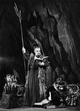 """influence dr faustus on the tempest In the tempest and in dr faustus, the supernatural shows that the characters have a great thirst for knowledge prospero was the """"prime duke"""" and was reputed """"in dignity, and for the liberal arts without a parallel"""" (iii73-74."""