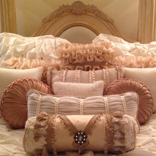 Pillow ideas and setup Phillips-Barton Phillips-Barton Phillips-Barton Bucek this reminds me of you! & 77 best Pretty \u0026 Creative Pillows images on Pinterest | Pillow ... pillowsntoast.com