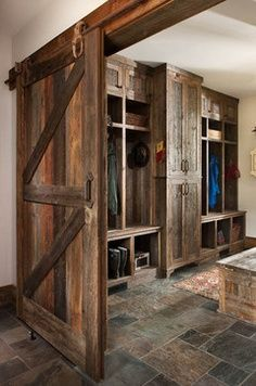 Country Style Mudroom
