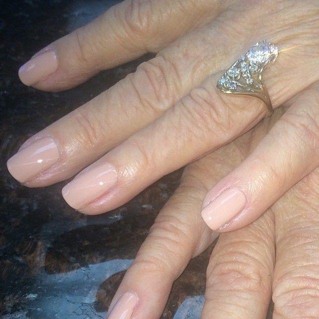 Natural nails are also pretty nails! Tammy Taylor Bow Bridge Nail Lacquer with Z Coat Top Coat! Nails done by Dawn at @enchantenails tammytaylornails.com #TammyTaylorNails