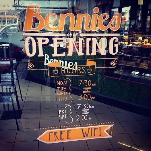 Bennies Café Annerley - Dog Friendly
