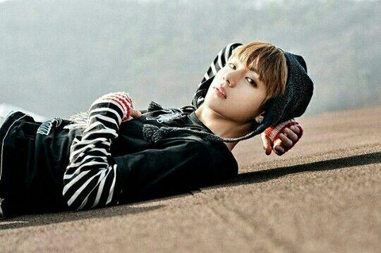 BTS Member Teaser #You_Never_Walk_Alone Concept #V