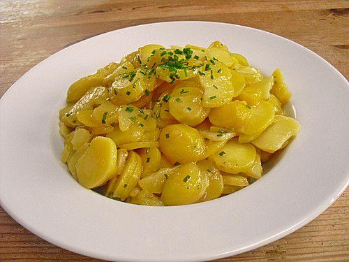 Schwäbischer Kartoffelsalat, ein raffiniertes Rezept aus der Kategorie Kartoffel. Bewertungen: 218. Durchschnitt: Ø 4,3.