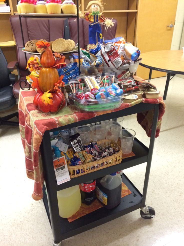 Teachers loved our snack cart for PTSA Appreciation!