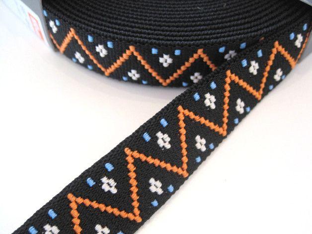 **Color-Elastic 25 mm  - Zacken - schwarz, Gummiband**  25 mm breit  Diese bunten, tollen Elasticbänder sind vielseitig einsetzbar, z.B. für Dekoration an Jersey-Stoffen, Hosen- und...