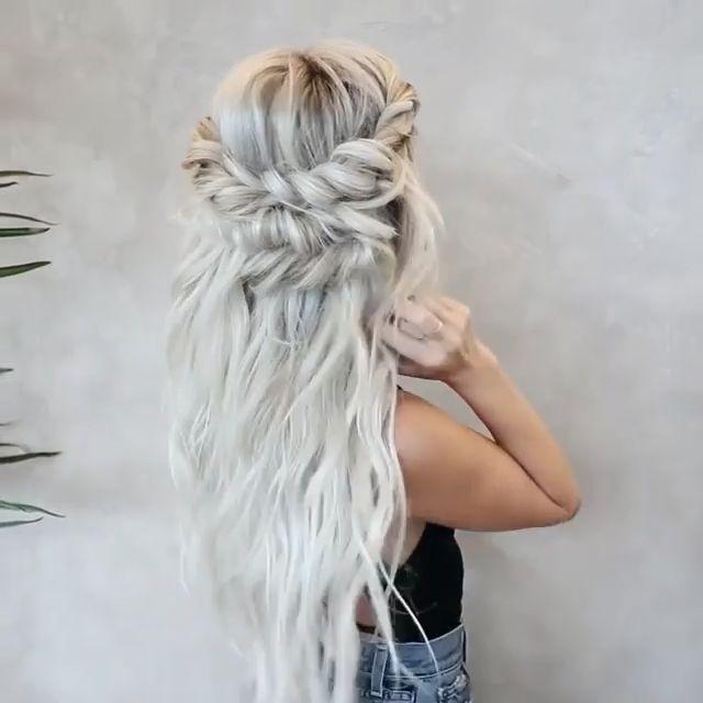 Spellbinding Half up braid half down  Tutorial for Holiday Porm@hairby_chrissy via Instagram -   - #braid #chrissy #hairscolorideas #hairstylesformediumlengthhair #hairstylestutorials #holiday #instagram #pormahairby #Pormhairbychrissy #spellbinding #tutorial
