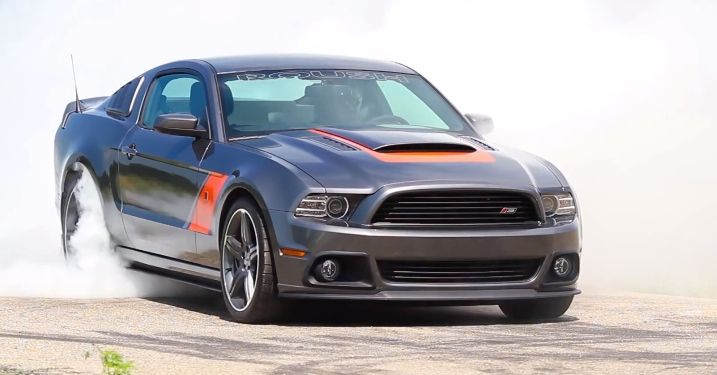 2014 Roush Stage 3 Mustang One-Minute Burnout [Video] http://www.autoevolution.com/news/2014-roush-stage-3-mustang-one-minute-burnout-video-68386.html