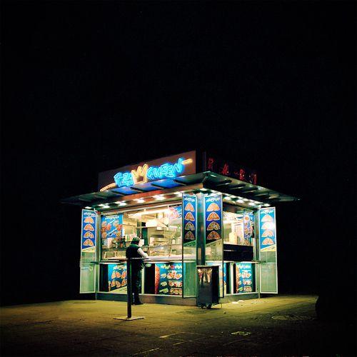 Wiener Imbissbuden bei Nacht