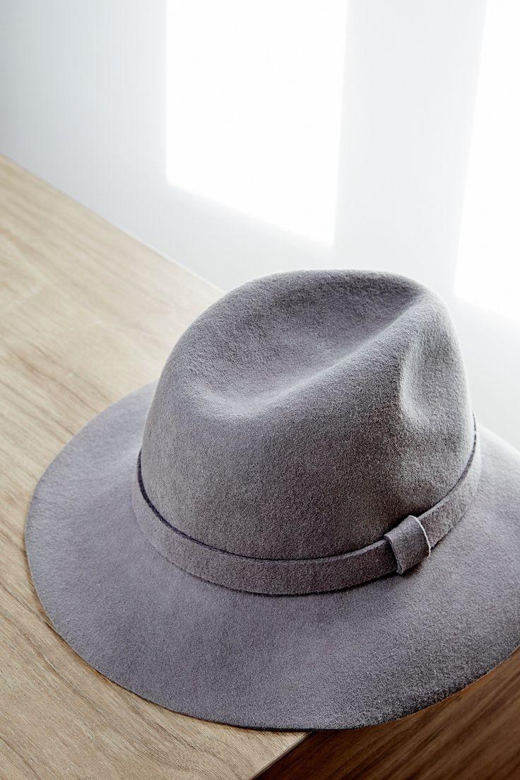 Sombrero Fedora de fieltro - elegancia natural | Adolfo Dominguez shop online