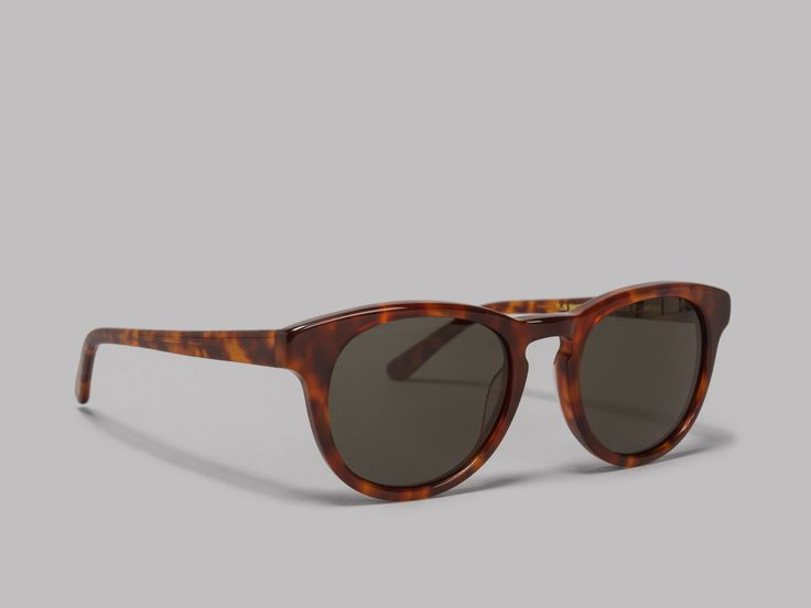 Han Kjøbenhavn Timeless Sunglasses (Amber / Green)
