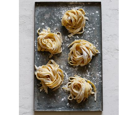 5 Delicious Gluten-Free Pasta Recipes:Yes, it's possible to enjoy pasta as part of a gluten-free diet. And thanks to Robin Asbell, author of the new cookbook, Gluten-Free Pasta, there are actually more than 100 ways to do it! Asbell, who was inspired to cook gluten-free after her mother ...