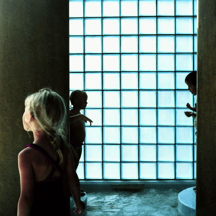 Karine Laval: The Pool #32, Oslo, Norway, 2002