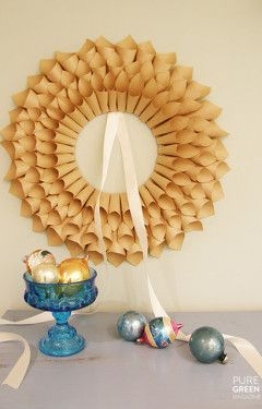 paper wreath: Christmas Wreaths, Paper Cones, Pure Green, Crafts Ideas, Paper Wreaths, Holidays Crafts, Diy'S, Paper Crafts, Diy Christmas Decorations