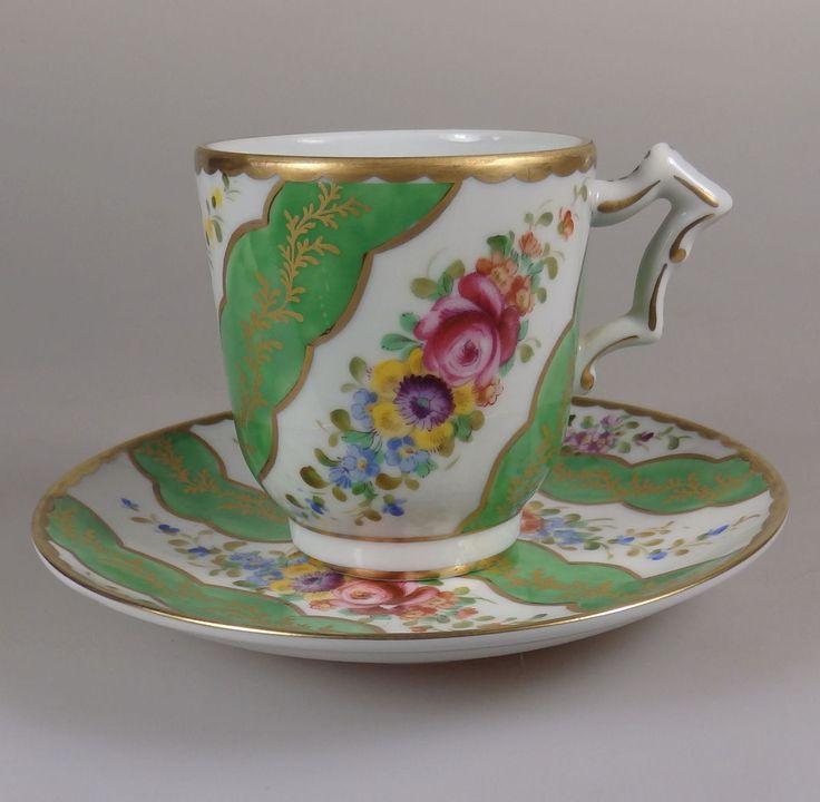 Schöne alte Tasse mit Untertasse, aufwändige Gold u. Blumenmalerei, Sevres-Marke | eBay
