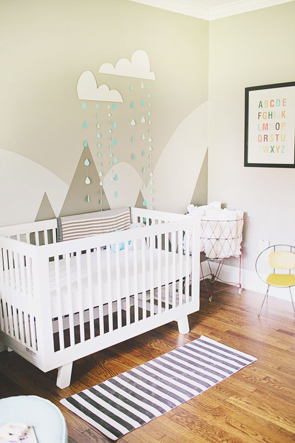 Sweet nursery : Neutral greige + white base with perfect pops of color!