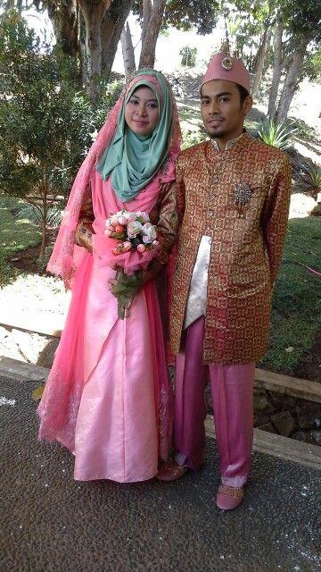 Syar'ie muslimah bride's gown