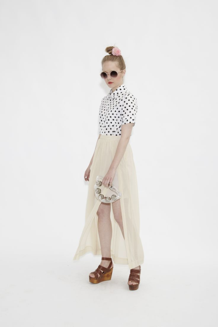 Chiffon Maxi Skirt Creme  http://www.thewhitepepper.com/collections/new-in/products/chiffon-maxi-skirt-creme