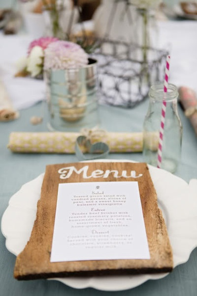 table settings for outdoor event, too cute!!