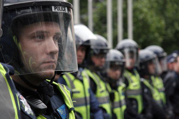 cop.jpg (604×403)