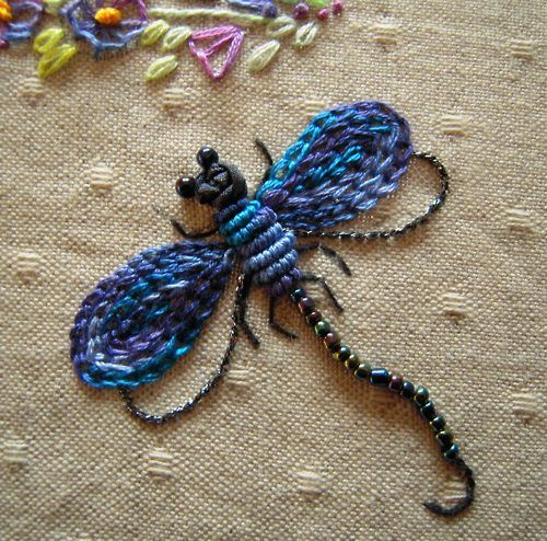 love this sweet little dragonfly