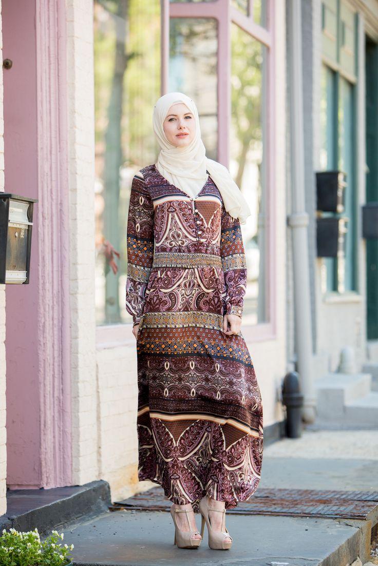Amelia Crinched Waist Paisley Long Sleeve Maxi Dress