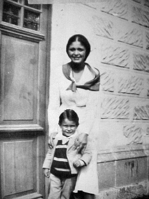 La Pintora Luz Fabila Montes de Oca primer Esposa de Federico Cantú Garza y madre de su hijo Federico Cantú Fabila