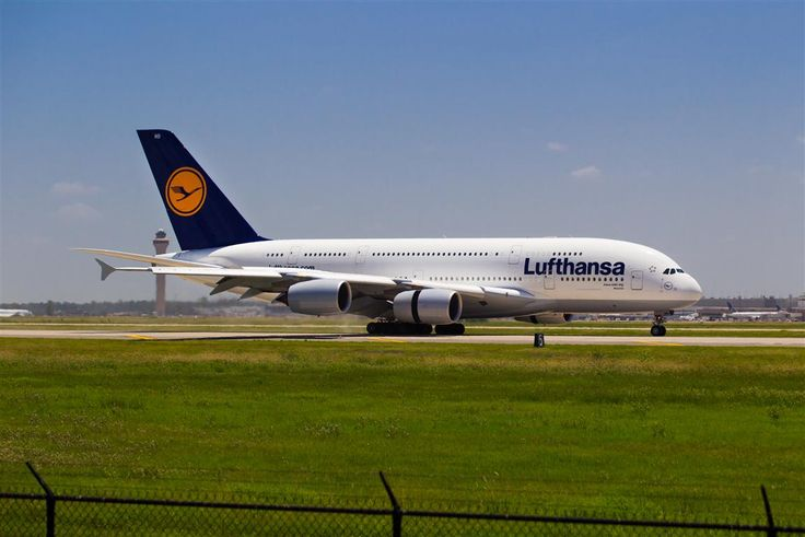Lufthansa 39 s daily flight from houston to frankfurt for Lufthansa direct flights to germany