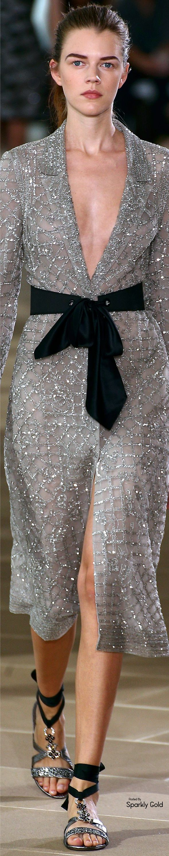 Avec a far more fetching and complimentary belt  ~ Cortigiana  Monique Lhuillier Spring 2017 RTW