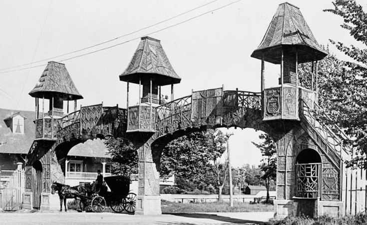 Lansdowne Park entrance archway.  This is what the entrance to Lansdowne Park at Fifth Avenue looked like during its early days. The turreted archway stood adjacent to the Rideau Canoe Club and provided a fanciful introduction to the park. It's likely the arch was built in the late 1800s. It's uncertain when it was demolished. (Library and Archives Canada/PA-009942)