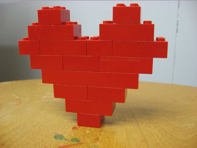 lego/duplo love - how to make a heart of Valentine's day....want to do a lego session with Logan for his birthday