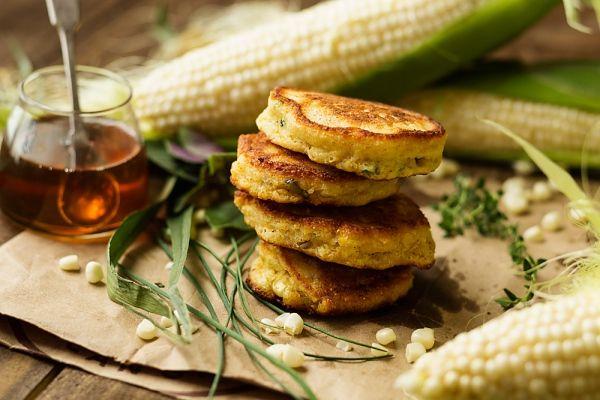 A kukoricapogácsa számomra az egyik legkedvesebb étel. Igen, én is nagyon szeretem a zsenge kukorica édeskés ízét, ez a fogás azonban inkább a... Tovább olvasom