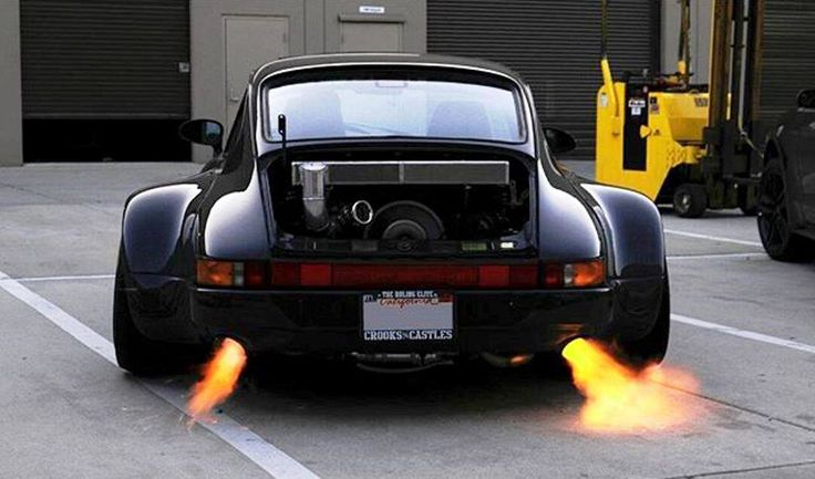 Wide body Porsche 911 930 Turbo spitting some flames