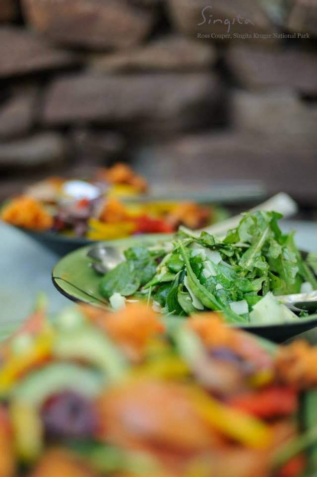 A fresh and flavorsome picnic at Singita Sweni Lodge
