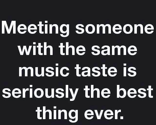 I only know 2 people with the same music taste as me :/ ah well! I'll keep on keepin on