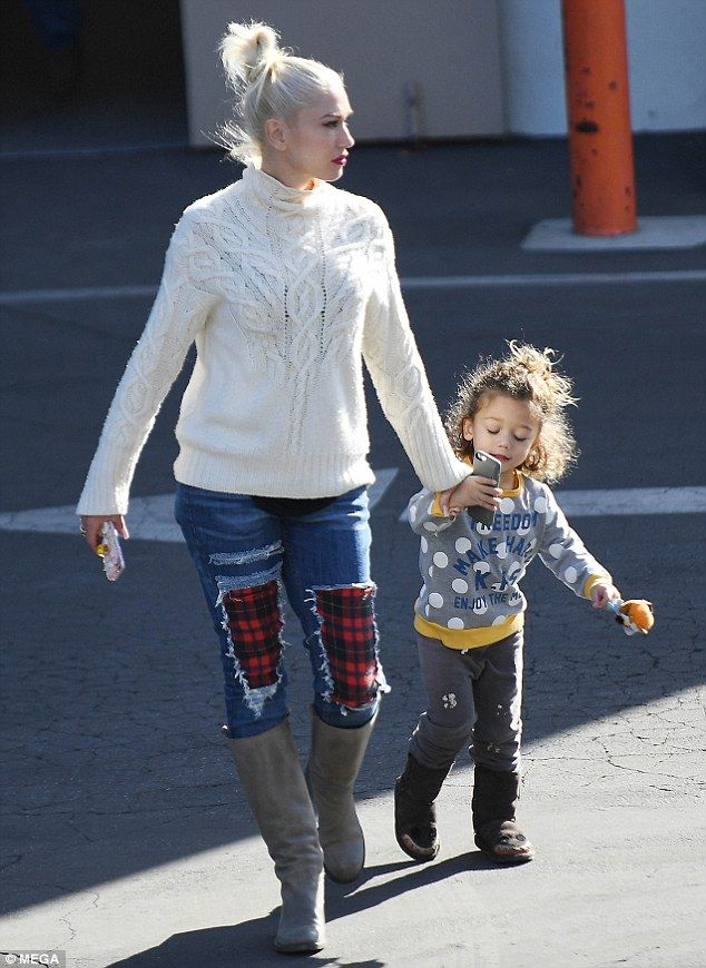 Bonding time: Gwen Stefani was dressed perfectly for autumn as she enjoyed a day out with her son Apollo in Los Angeles on Thursday