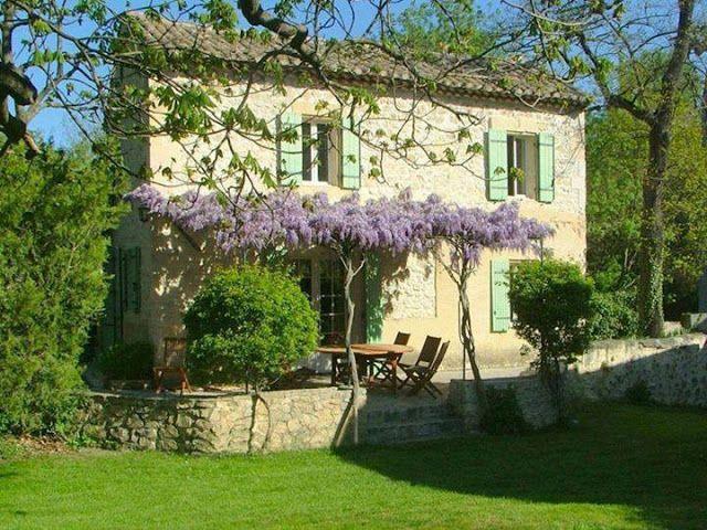 Such a pretty little French Farmhouse!