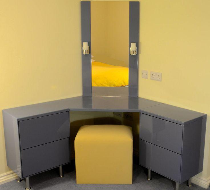 Corner Dressing Table Beech (910×822)