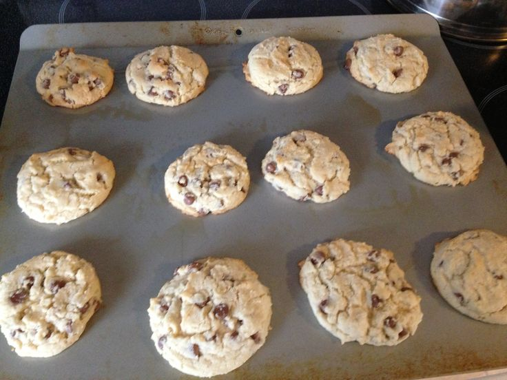 My new recipe for chocolate chip cookies ❤ Only 5 ingredients