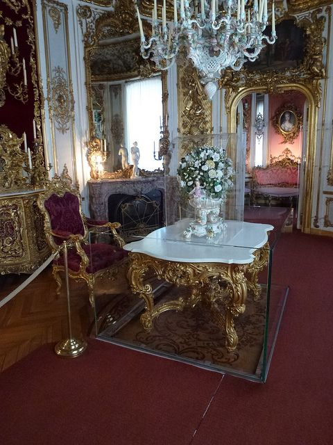 Linderhof Palace Dining Room Table Is On A Platform That Could Be Lowered Into The Kitchen For Cooks To Place Ludwig IIs Meal Then Raised