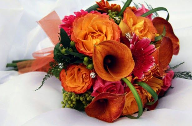 Autum wedding flowers http://weddingflowersideas.blogspot.com/2014/05/autum-wedding-flowers.html