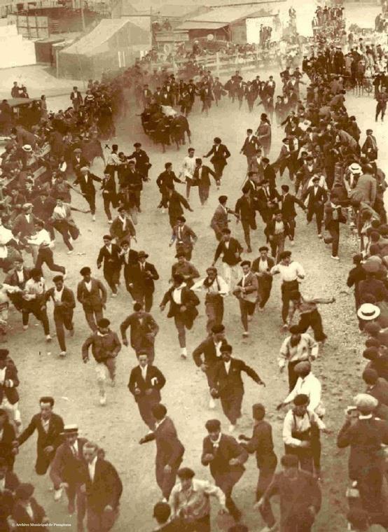 El encierro en el tramo de Telefónica, 1924
